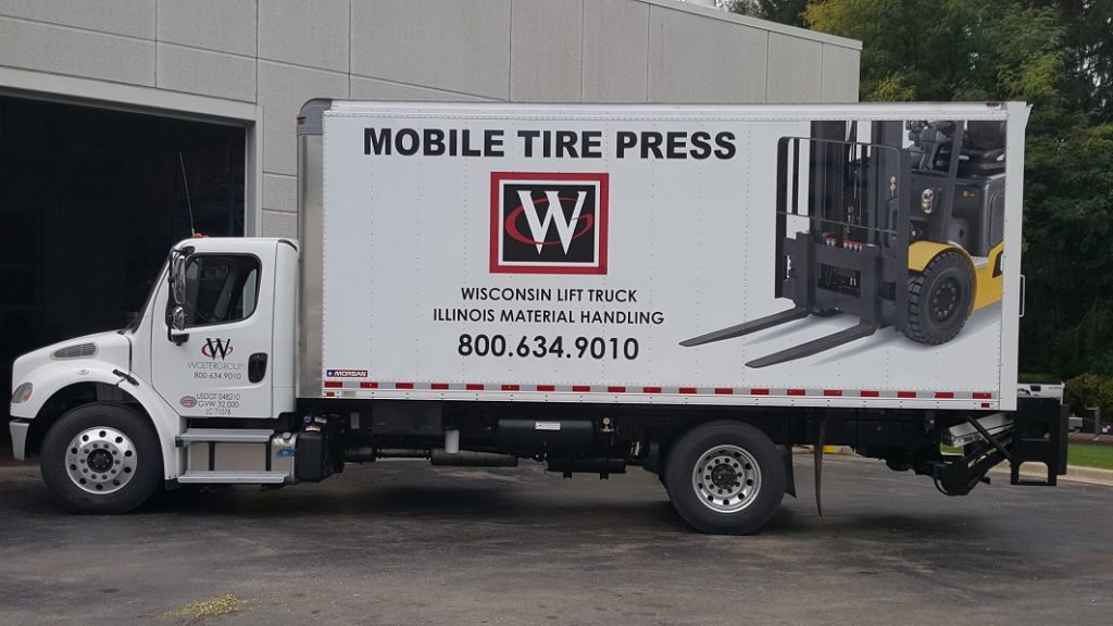 Forklift Mobile Tire Press Truck